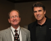 Gerry Baker - Gov Rick Perry - IOGCC 10-5-09 by Dave Harbour 10-5-2009 7-29-15 AM 10-5-2009 7-29-15 AM 3581x2862