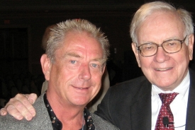 Warren Buffett and Dave Harbour (crop 2) - Miami 11-13-06